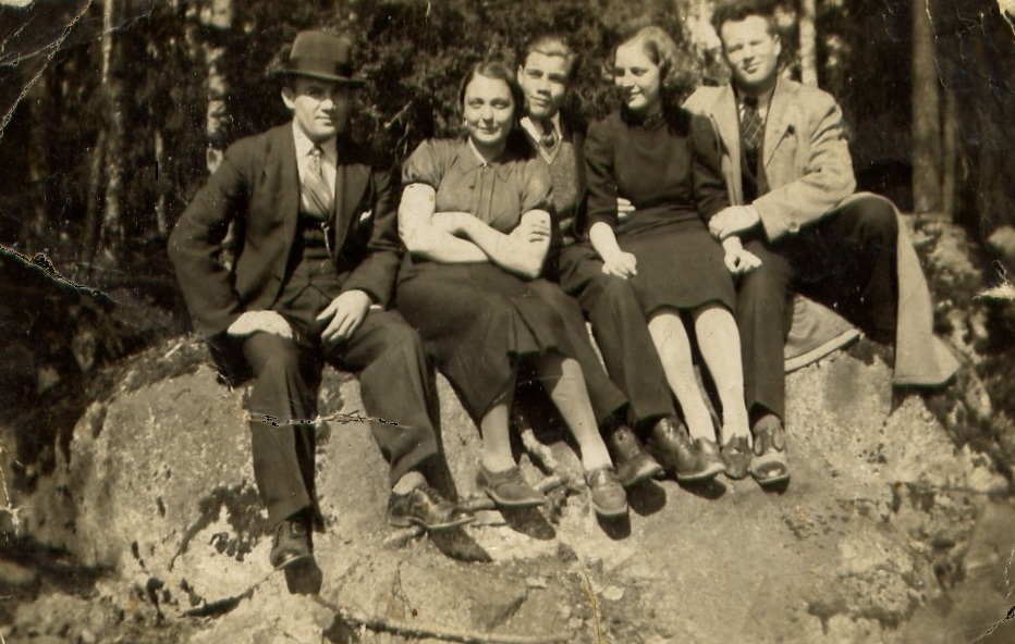 Muistomerkin kivi 1939